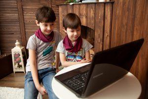 הורים לילדים מדוע חשוב להשקיע באבטחת אינטרנט בבית