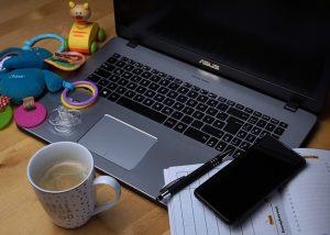 לנהל את העסק מהבית: גם הורים יכולים לעשות את זה